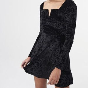 Aeropostale black velvet dress
